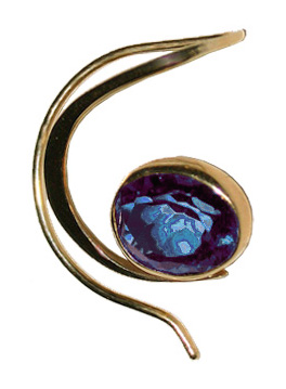 Curl Earring in 14 kt. Gold and Blue Topaz