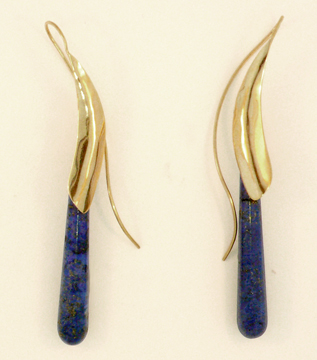 Long Stone Tendril Earring with Lapis Lazuli