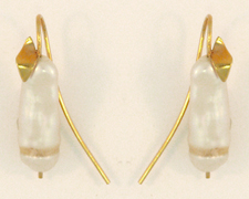Pearl Leaf Earring with Freshwater Cultured Pearl and 14 karat gold