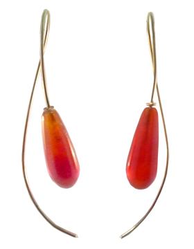 Stone Sweep Carnelian and 14 kt. Gold Earring